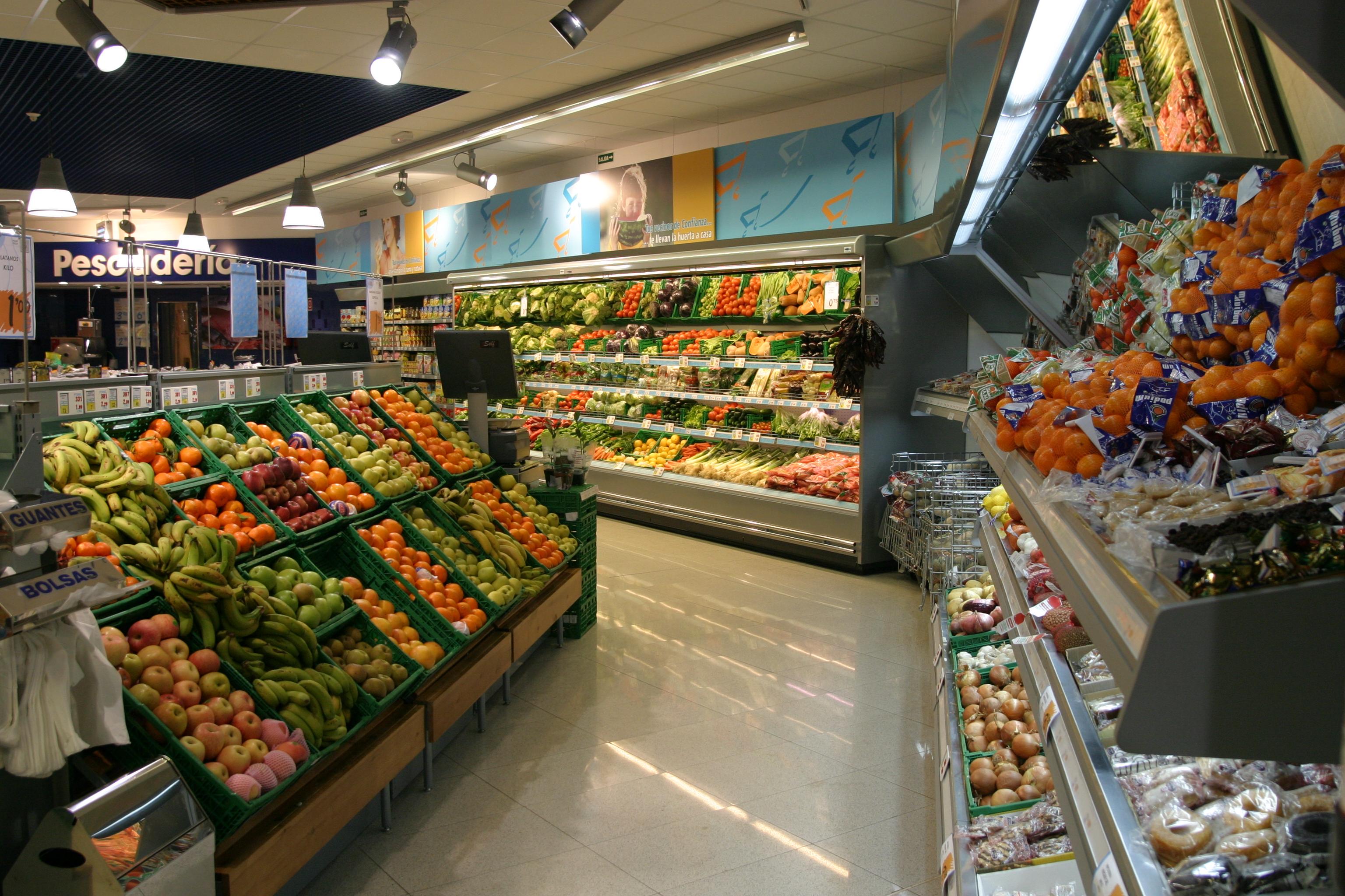 El supermercado de proximidad se consolida como el formato preferido por los españoles para hacer la compra